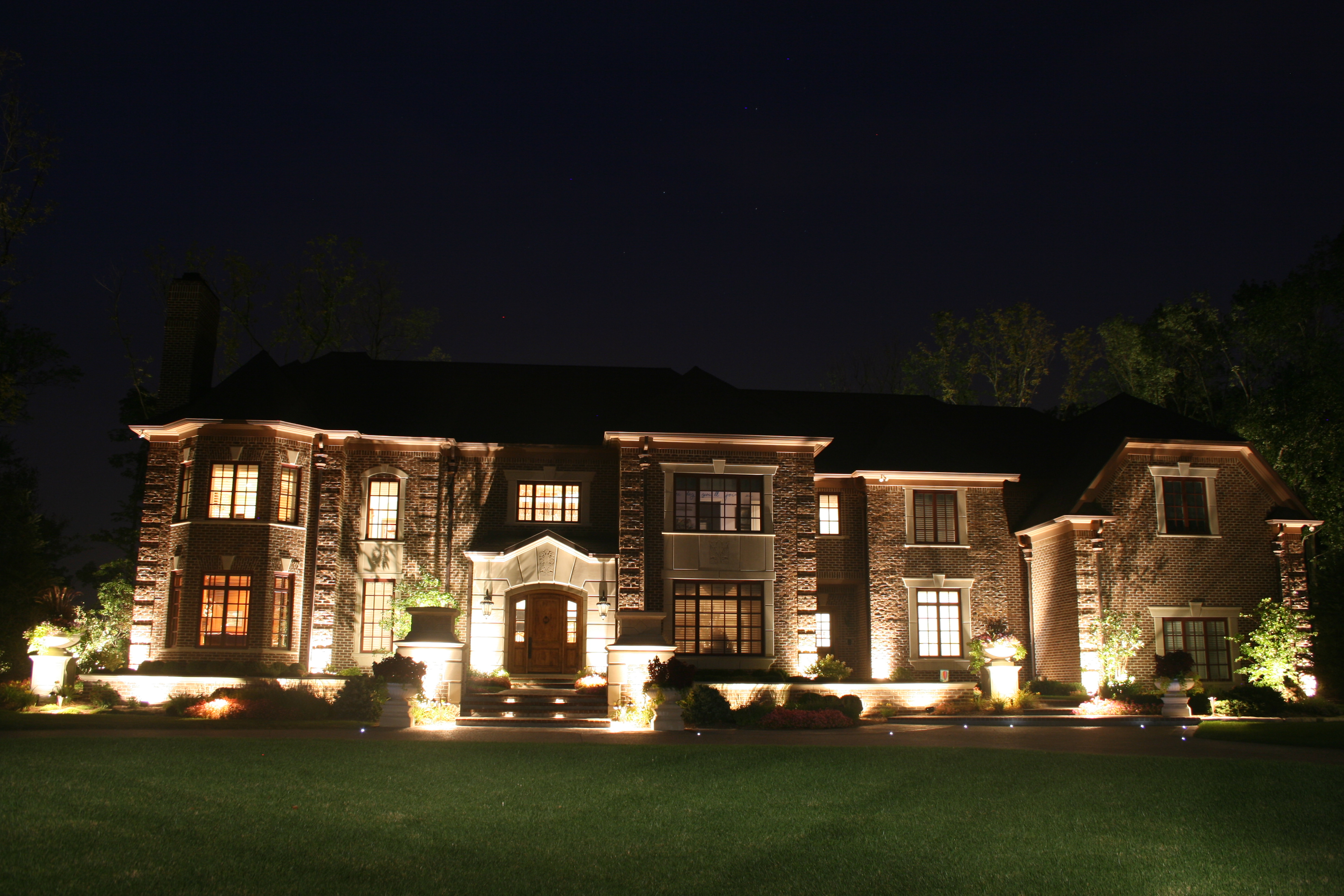 bring your landscape to life with outdoor lighting engledow group